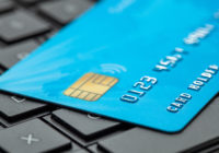 Какую опасность несет не закрытая вовремя банковская карта ее владельцу